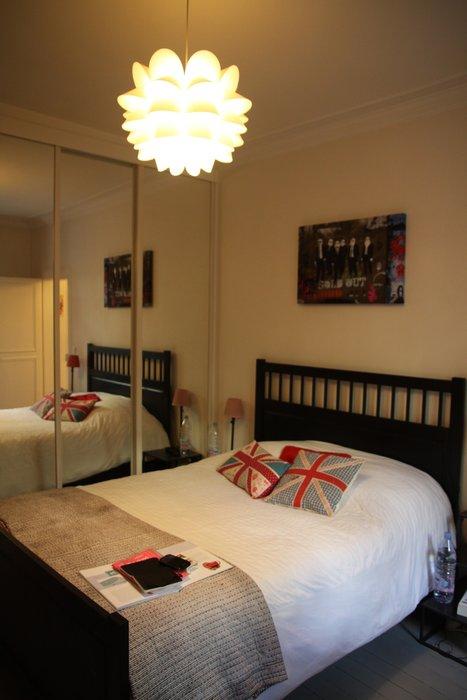 lustre pour chambre adulte id e de luminaire et lampe maison. Black Bedroom Furniture Sets. Home Design Ideas