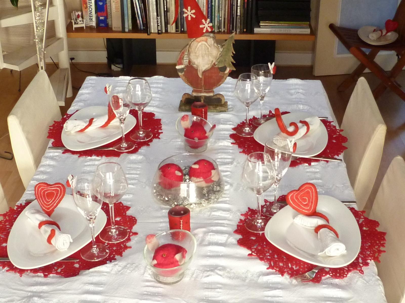 Decoration table noel rouge et blanc