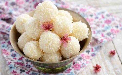 Boule de noel noix de coco