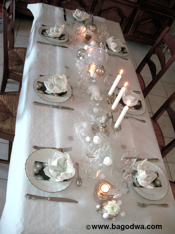 Decoration table noel blanche