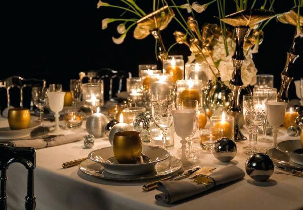 Decoration table de noel blanc et or