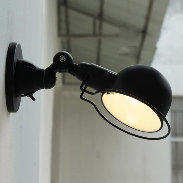 Lampe de chevet robot