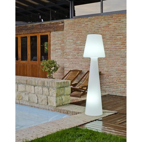 Lampe plastique design exterieur