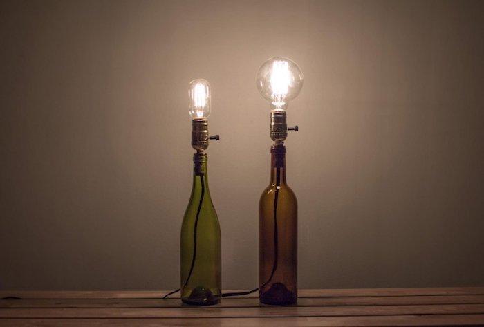 Fabriquer une lampe de chevet avec une bouteille