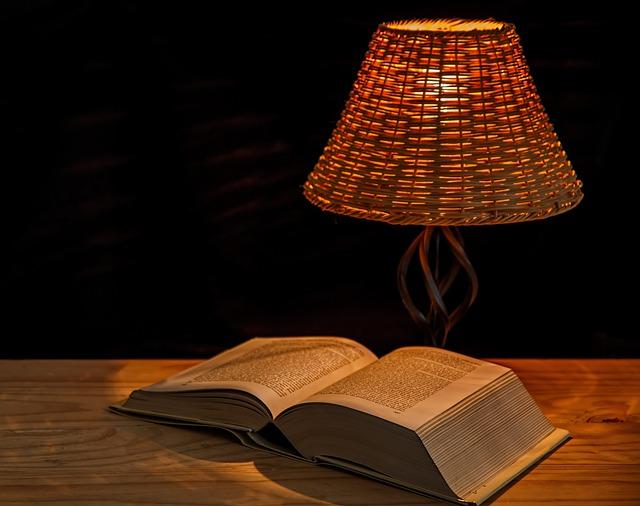 Chevet Et Maison Livre Luminaire Idée Lampe De v7gb6yYf
