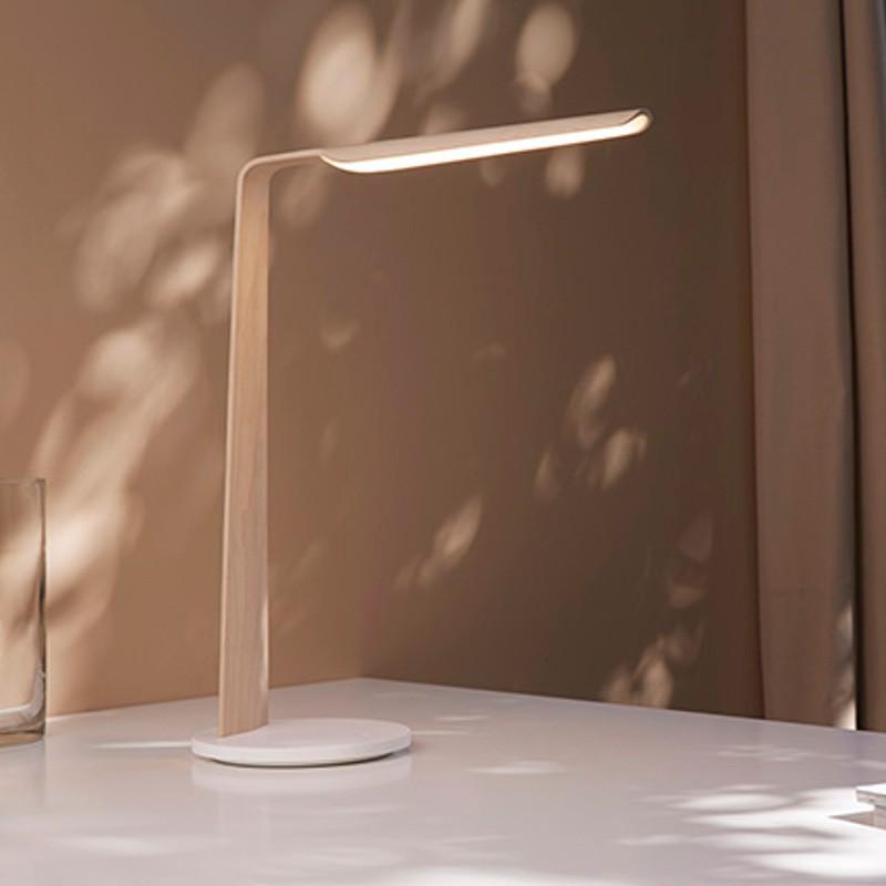 Lampe de bureau design bois