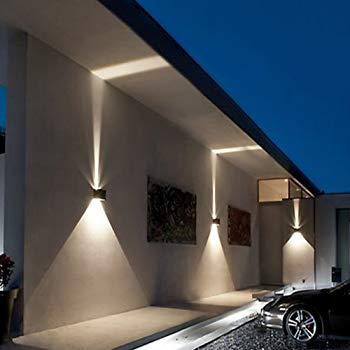 Applique murale extérieure design cubique architecture