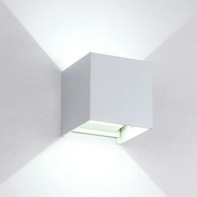 Ampoule led pour applique murale salle de bain
